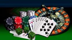 jeux de casino roulette cartes dés jetons